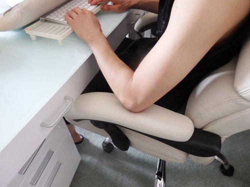 オフィスチェア ハイバック リクライニング
